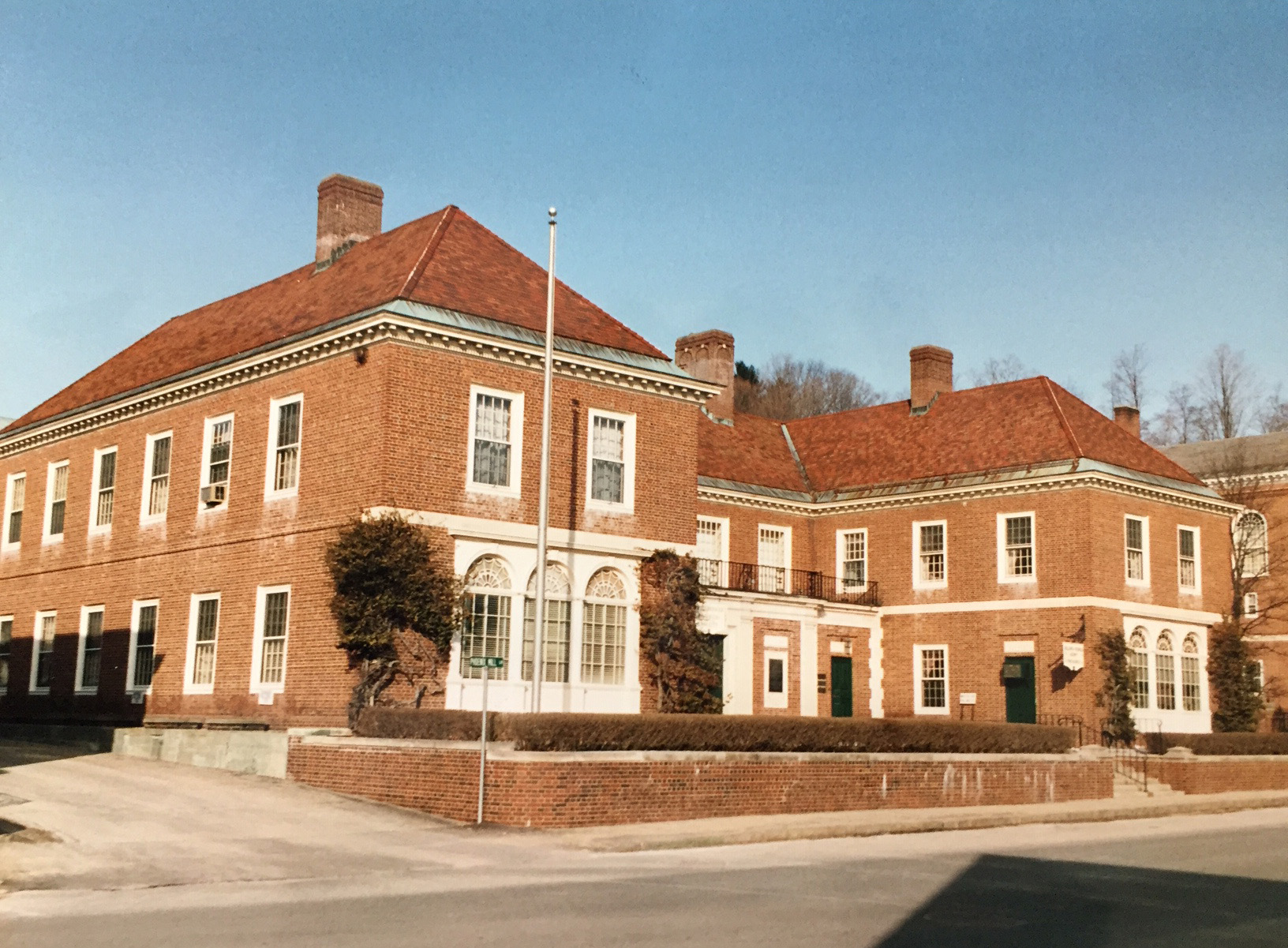 Historical-Building in 1992