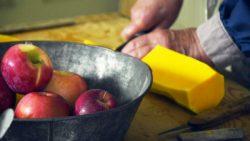 Chopping squash
